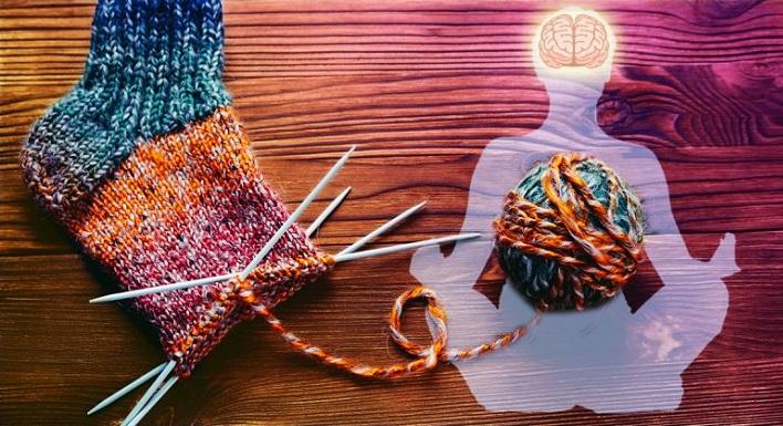La neurociencia explica porqué las manualidades como tejer, son excelentes para el cerebro