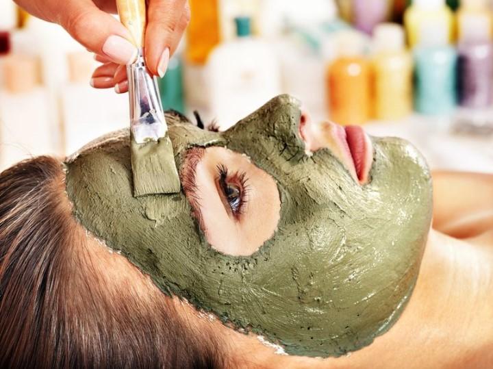 mascara de bentonita rostro mejorar el aspecto de la piel