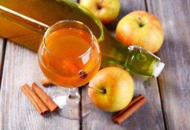 Preparación del vinagre de manzana casero