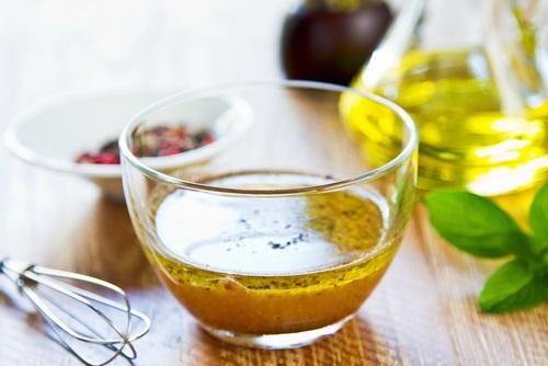Vinagre y miel para tratar el herpes labial
