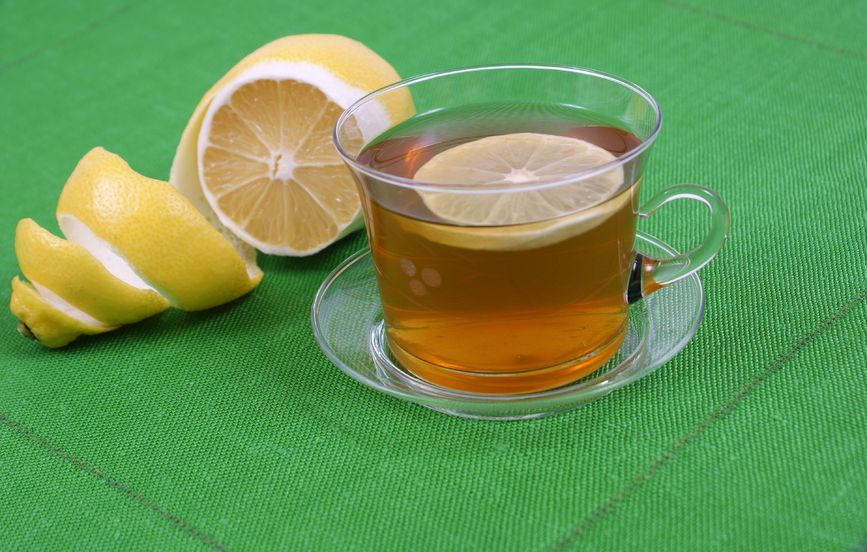 El té de limón es un poderoso astringente