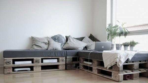 Muebles con palets 10 ideas para hacer en casa - Lit en palette de bois avec lumiere ...