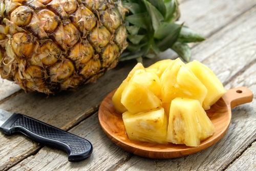 La piña es una fruta deliciosa que puede aliviar los dolores