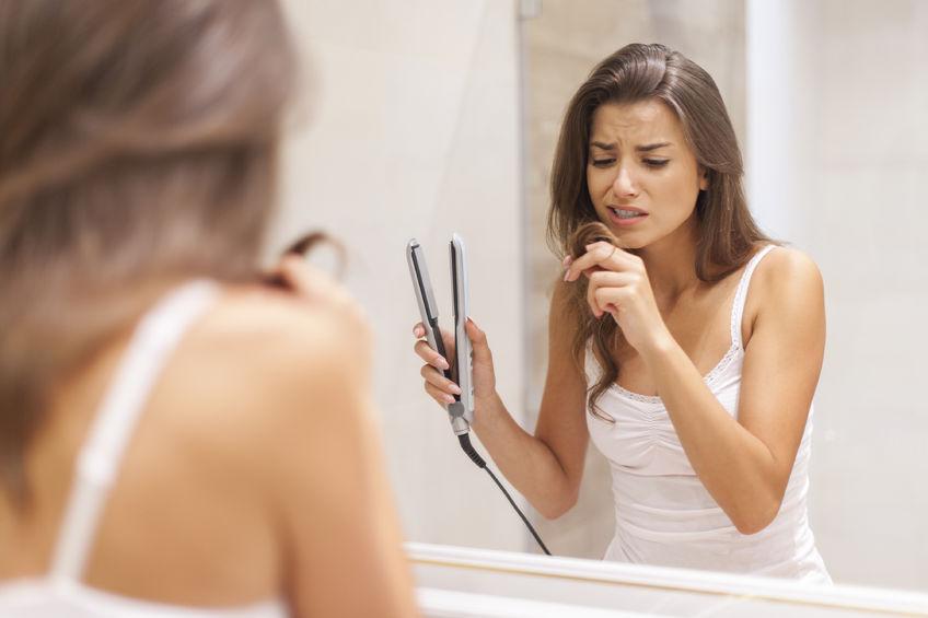 La queratina para el enderezamiento y la reconstitución de los cabello rich