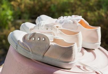 eliminar el mal olor de los zapatos