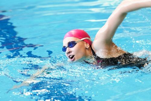 perder peso Mujer nadando