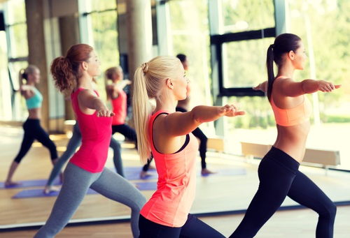 Mujeres que practican ejercicios aerobicos consiguen que su tasa metabólica se acelere