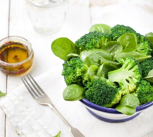 El brócoli ayuda a la artritis y la gota