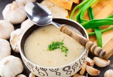 Crema sopa de ajo