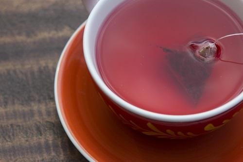 Una taza de té rojo para comenzar la dieta que ayuda a bajar de peso en 5 días
