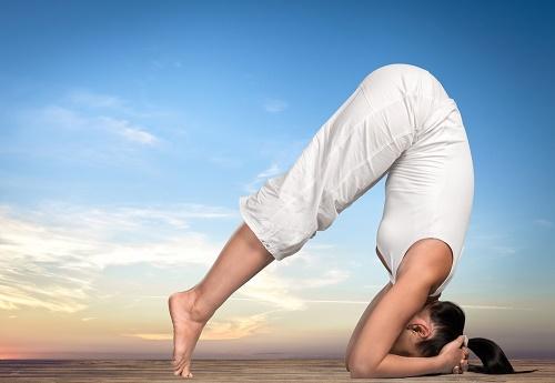dolor en la espalda baja Yoga