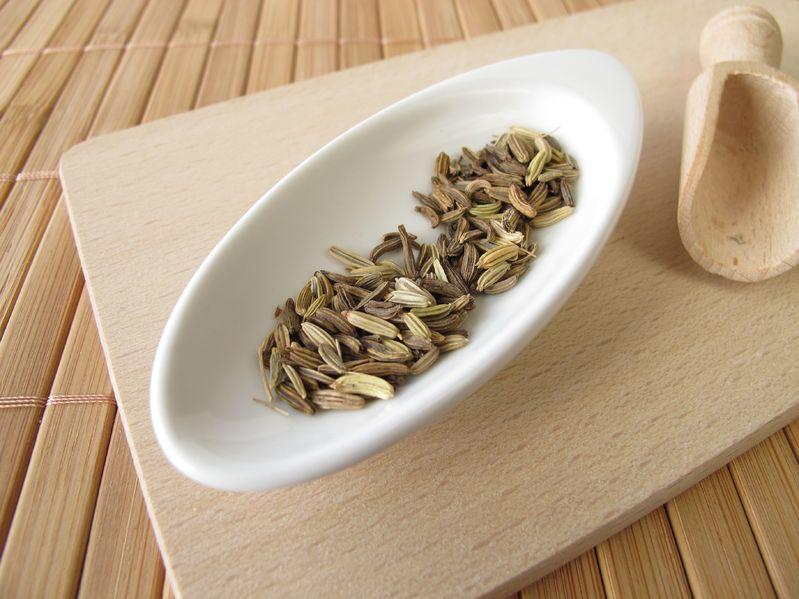 té de hinojo para desinflamar el vientre