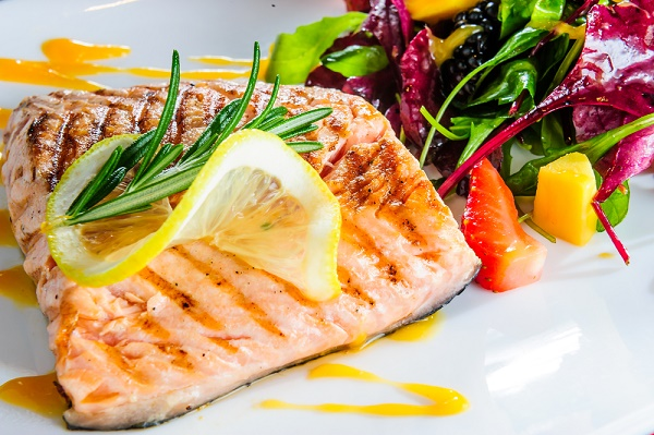 salmón pescado dieta mediterránea