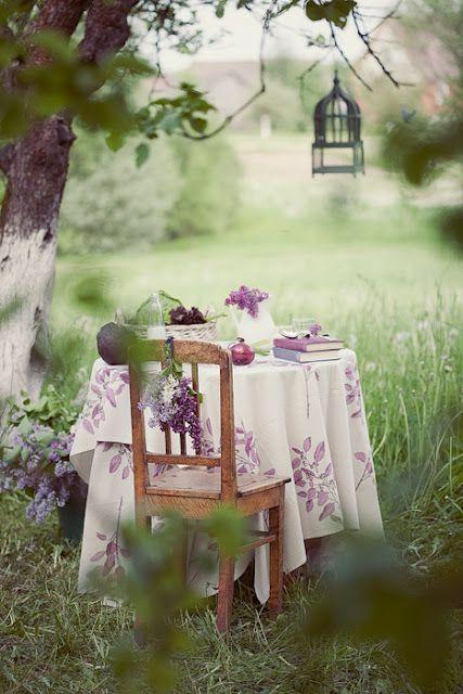 mesa de té jardín
