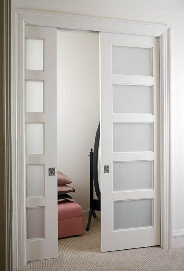 25 ideas de puertas interiores para el hogar for Puertas madera y cristal interior