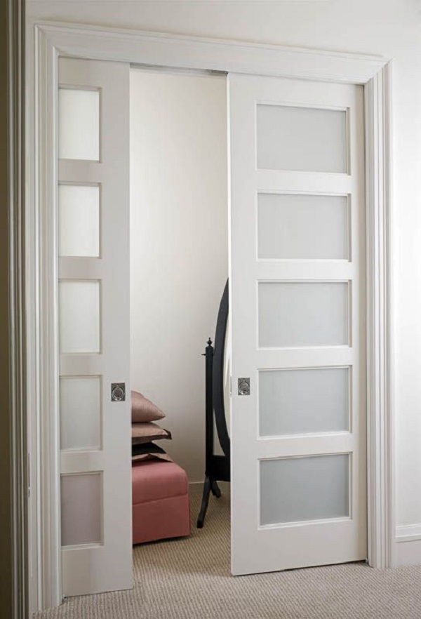25 ideas de puertas interiores para el hogar for Puertas para recamaras modernas