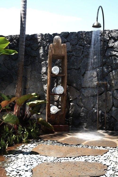ducha natural y rústica