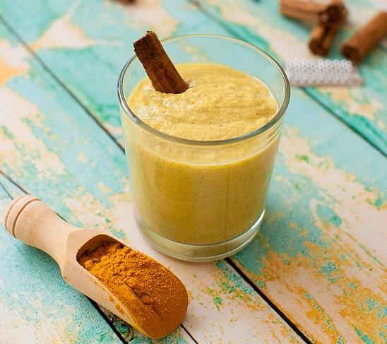 smoothie de cúrcuma