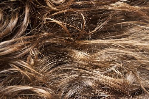 tratar el pelo muy rizado