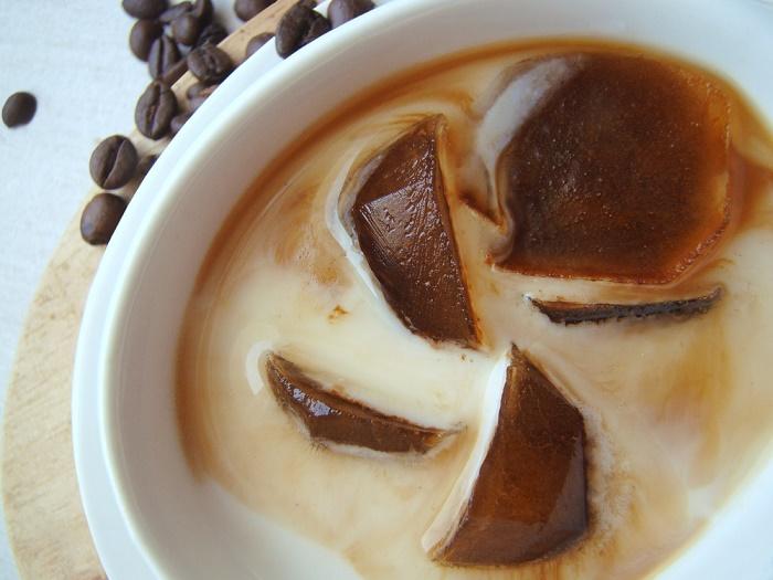café molido hielos