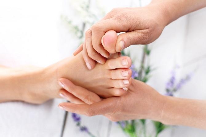 Mejora la salud presionando 6 puntos sensibles en los pies