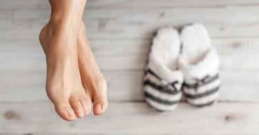 Solución natural para calmar los pies fríos