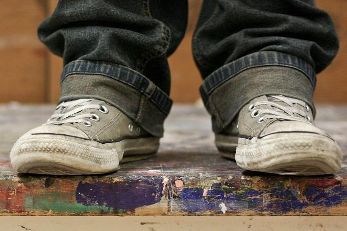 porque es necesario quitarse los zapatos antes de entrar a la casa