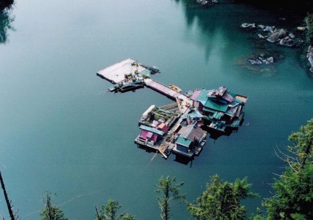 Isla autosustentable flotante