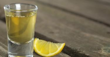 shot de vinagre limón