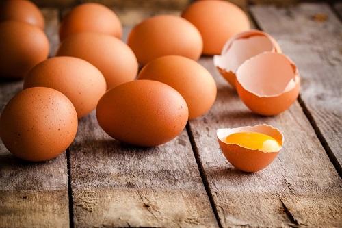 usos del huevo para el cabello y la piel