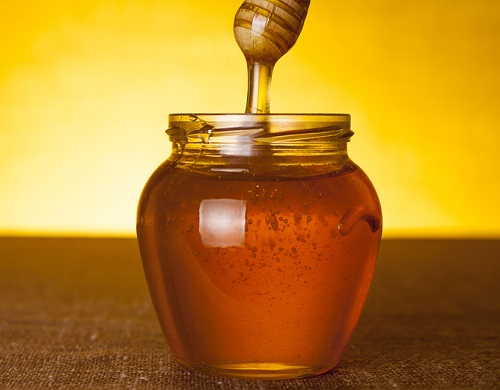 miel para aclarar el pelo