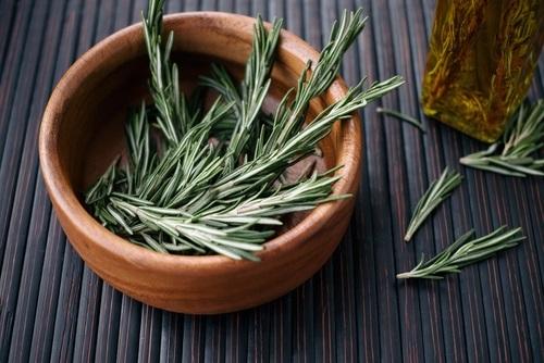 acondicionadores para el cabello con romero y aceite de oliva