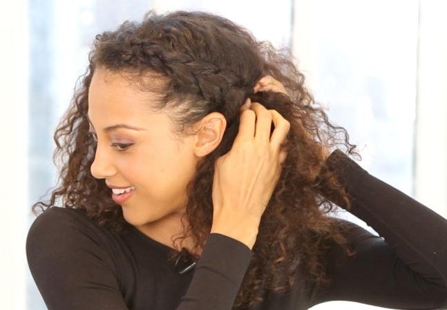 Peinado con trenza lateral
