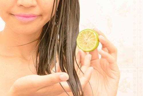 limón y coco para alisar el cabello