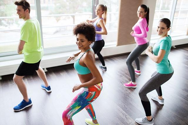 baile tonificar piernas, glúteos y moldear la cintura