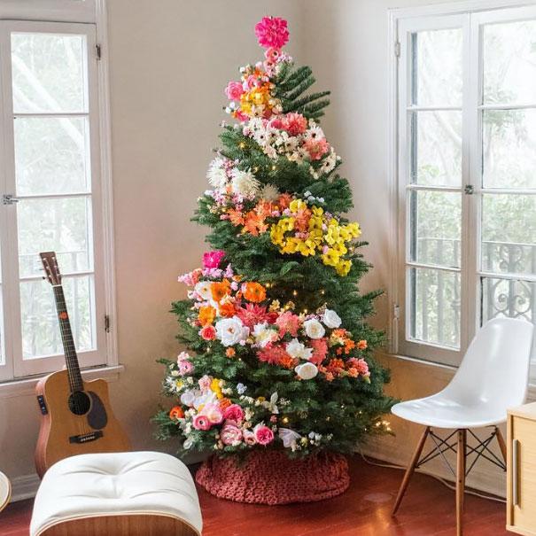 arbolito de navidad con flores