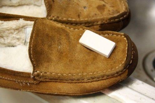 manchas de aceite en zapatos de nobuk