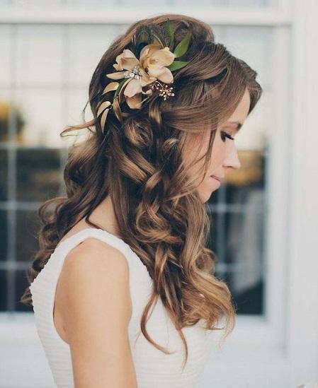 peinados para boda recogido con flores