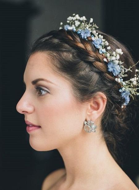 peinados para boda melena con corona de flores