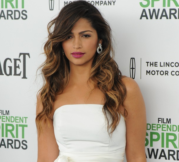 camilla alves con mechas californianas