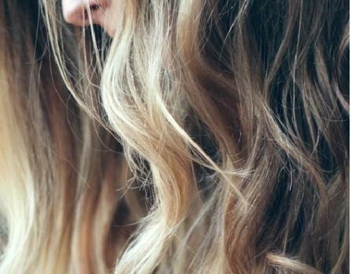 Mechas balayage y californianas en pelo claro o rubio, se puede ver un efecto natural