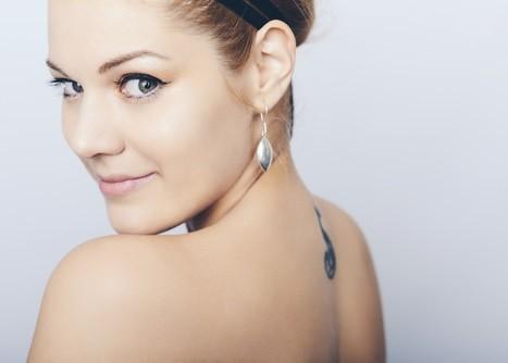 Tatuajes minimalistas para muejres más femeninas