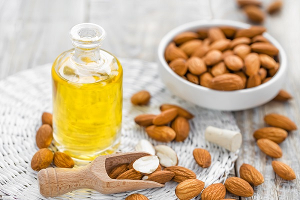 aceite de almendras para la salud de la piel