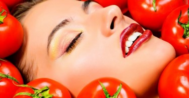 tomates mujer sexy