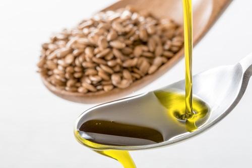aceite de linaza con jugo de piña