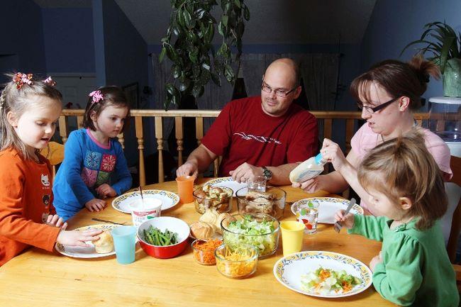 cenar juntos mejora el comportamiento