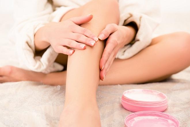 como reducir el dolor de piernas naturalmente con esta preparación casera