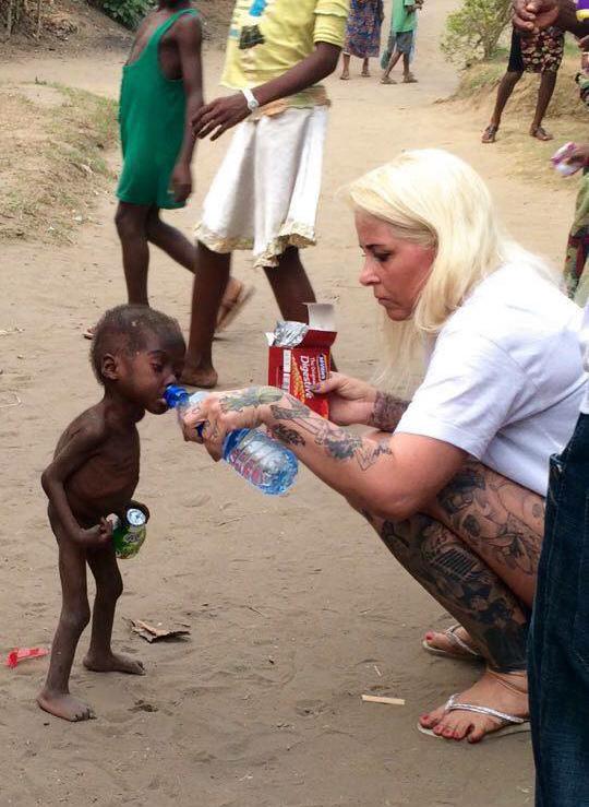 rescate de niño en Nigeria