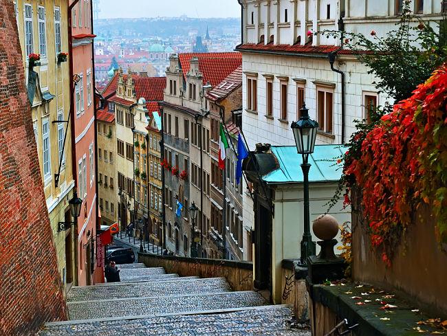 Escaleras ciudad de Praga