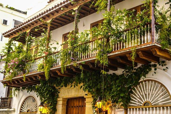 Estilos de balcones en Colombia